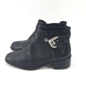 Brighton Ankle Boots 9.5 Black Leather Woven